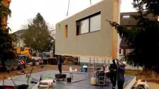preview picture of video 'Die erste Wand ist in der Luft - BAUBLOG - Wir bauen ein Haus mit Bittermann & Weiss'