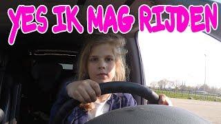 24 UURS CHALLANGE IN DE AUTO DJALYCHIA EN MAMA !! KOETLIFE VLOG