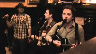 The Rattlin Bog - O'Neills Bar 27-08-11.wmv