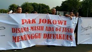 Keluarga Korban Lion Air Gelar Aksi di Depan Istana, Jokowi Keluar Kantor Begitu Saja