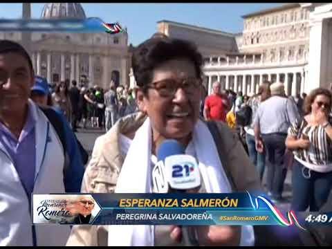 Peregrinos reaccionan por canonización de Monseñor Romero en Roma