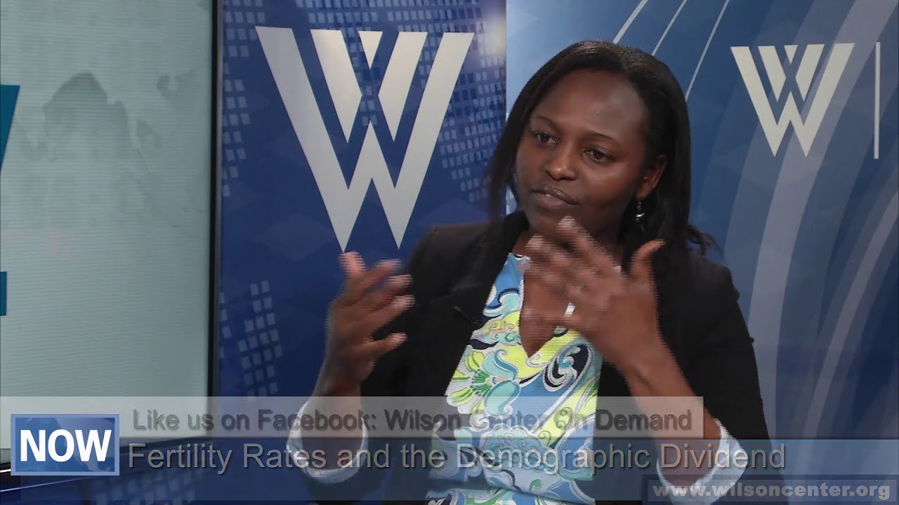 Fertility rates and the demographic dividend