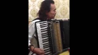 Копия Янни Хрисомаллис ! Просто талант!! Красиво сыграл на аккордеоне - Ержан!!!