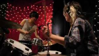 Thao & Mirah  Little Cup Live On KEXP