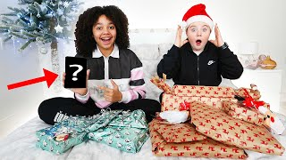 ISLA CRIED!! BEST FRIENDS OPEN CHRISTMAS PRESENTS | 2020