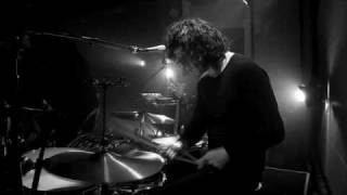 The Dead Weather - 'Die By The Drop' (Live from Third Man Records)