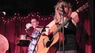 Donna Hughes Band at the Redlight Cafe