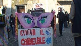 preview picture of video 'Carnevale Tivoli 2014 - Orgoglio Carnevalesco Tiburtino -  23 febbraio 2014'