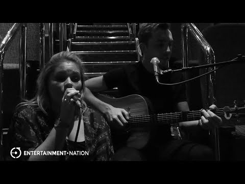 Sings and Strings - Shallow