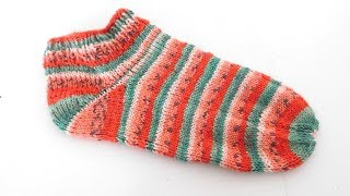 Sneakersocken | Sommersocken stricken | Melonensocken