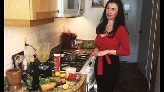 Living in Italian: Fiorella's Traditional Pesto