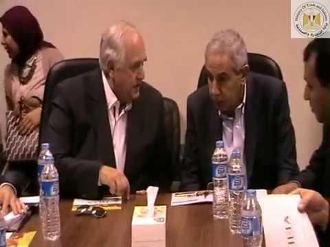 الوزير/طارق قابيل خلال زيارته للساحة المبردة بمحافظة الاقصر