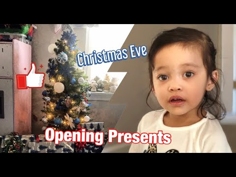Opening Christmas Gifts Early Morning with Szanna on Christmas Eve| Family Blogs and Unboxing 2019
