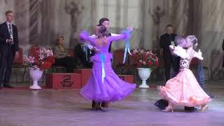 Самые красивые бальные платья Стандарт - Финал Танго Юниоры 1