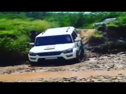 Download Top Car and Bike Stunts of 2017 - Amazing Car and Bike Stunts of 17 - Gutsy - शानदार जानदार जबरदस्त HD Mp4 3GP Video and MP3
