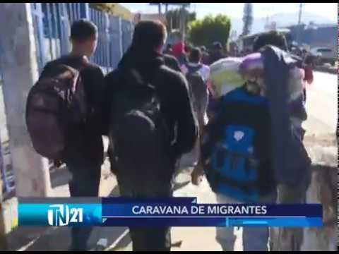 Nueva caravana de salvadoreños inician camino a Estados Unidos