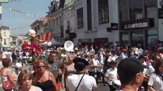 preview picture of video 'Mont-de-Marsan - Madeleine 2013 - Cavalcade'
