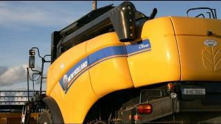 Harvest 2011,New Holland CX 5080. McCarthys at the Spring Barley , T6030,TM120