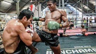 Muay Thai Motivation - Crazy training Buakaw
