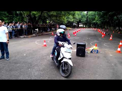 Video Safety Riding Grab Bike