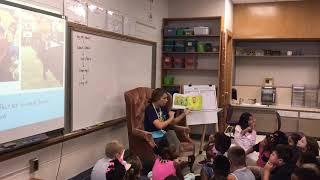 Teacher shows benefits of reading aloud to 3rd graders