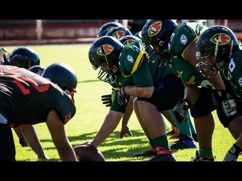 Todo atleta de futebol americano precisa ser alto e forte?
