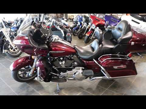 2017 Harley-Davidson Road Glide® Ultra in Carroll, Iowa - Video 1