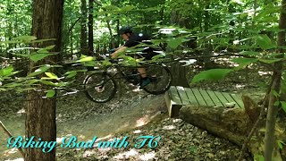 Shredding the Fountainhead blue trail