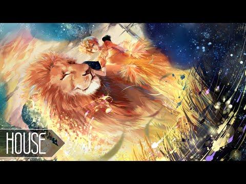 Música Lions in the Wild (Feat. John Martin)