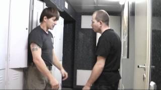 Шкафчик)) (самооборона в помещении)