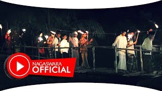 Download Video Wali Band - Ngantri Ke Sorga - Official Music Video - NAGASWARA MP3 3GP MP4