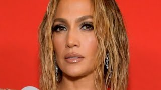 People Are Upset About J-Lo's Steamy AMA Performance Here's Why