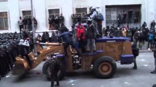 Штурм Администрации Президента камни Майдан Ukraine Revolution Euromaidan Ukraine видео video