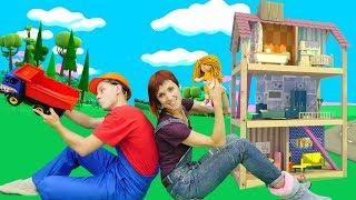Видео для детей. Кукольный домик для Бьянки. Веселая школа