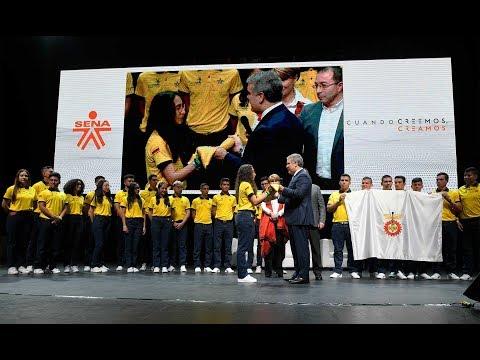 Entrega del pabellón a la selección Colombia que participará en WorldSkills International Kazán 2019