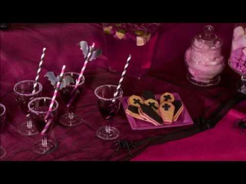 Cocktail d'Halloween muguet-violette sans alcool