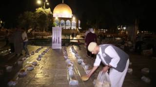 Ramadan Sahoor Food Distribution at Masjid Alaqsa