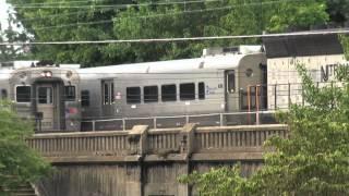 preview picture of video 'NJT GP40PH-2 #4101 Meets NJT ALP46 #4642 At Morris Plains 7-19-2012'