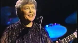 """Annie Laurie""  sung by Jean Redpath (famous Scottish ballad singer)"