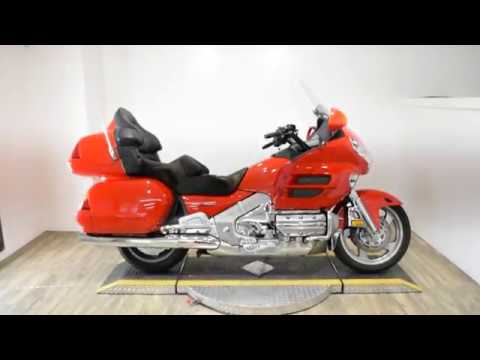 2004 Honda Gold Wing in Wauconda, Illinois - Video 1