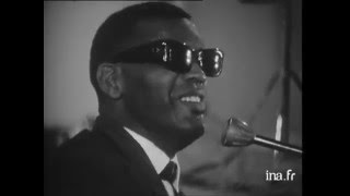 « My Bonnie lies over the ocean » par Ray Charles et les Raelettes (1961)