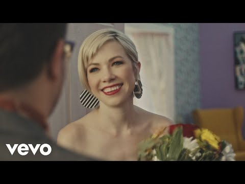 "Carly Rae Jepsen – ""Want You In My Room"""