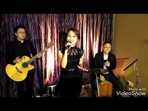 Romantic Charms Wedding live band