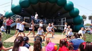 Felton elementary dance team