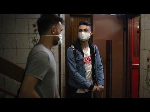 COVID-19 – Ισπανία: Αυξάνονται τα κρούσματα στους νέους – Μαρτυρία 28χρονου που πάλεψε με τον ιό…