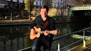 """Vianney interprète """"Pas là"""" pour Franche connexion - TV5MONDE"""
