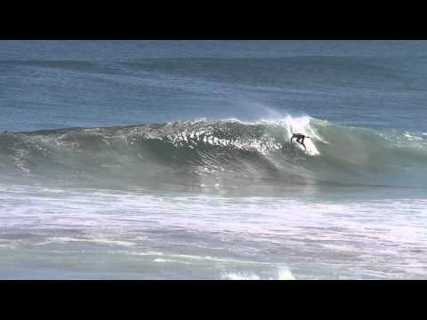 Large fun waves hit Pea Break