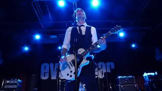 White Men in Black Suits - Everclear 2017.06.02 Arlington Heights, IL HOME Bar