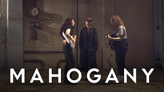MUNA   I Know A Place | Mahogany Session
