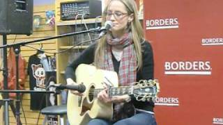 Hang Out in Your Heart - Chely Wright